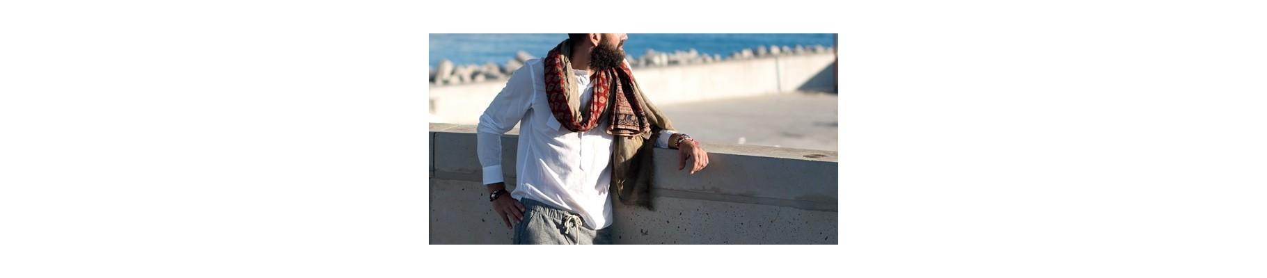 Scarves and foulards for men at Suneoline
